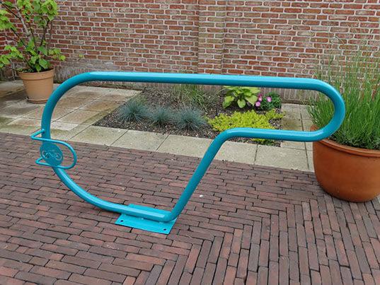 Stojaki rowerowe, gięte niebieskie