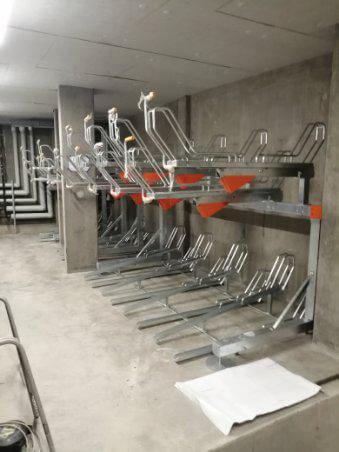 piętrowe stojaki na rowery