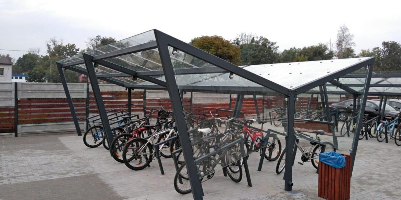 wiata na rowery i stojaki rowerowe